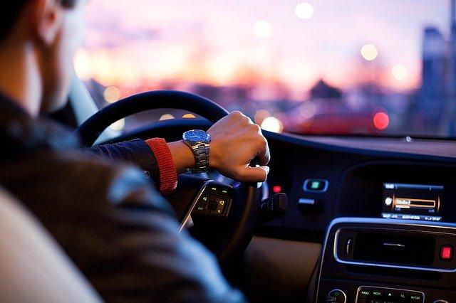 vodič automobilu.jpg