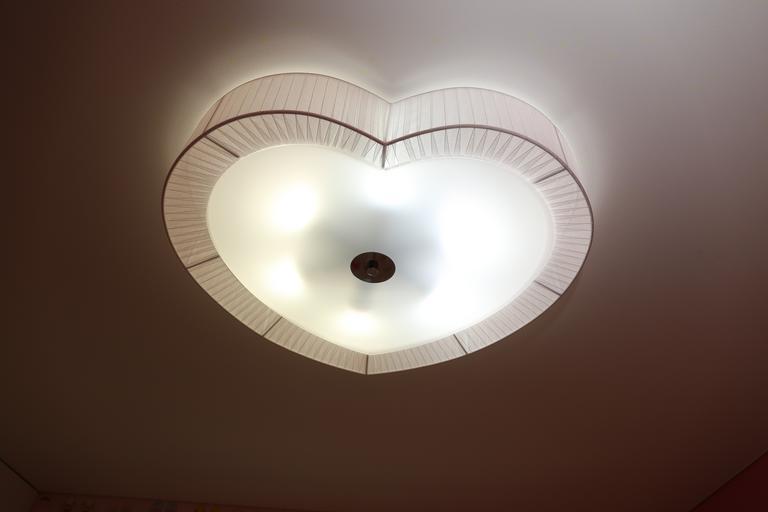 Osvetlenie v tvare srdca.jpg