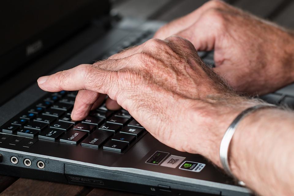 Internetové články a ich bohaté funkcie pre online podnikanie